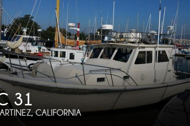 1983 JC Tritoon 31 - For Sale at Martinez, CA 94553 - ID 79887