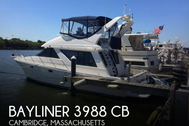 1997 Bayliner 3988 CB - For Sale at Cambridge, MA 2238 - ID 98592