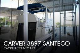 1990 Carver 3897 Santego