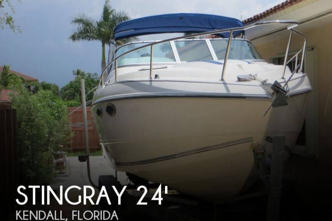 1991 Stingray 24 Express Cruiser - For Sale at Kendall, FL 33183 - ID 55704