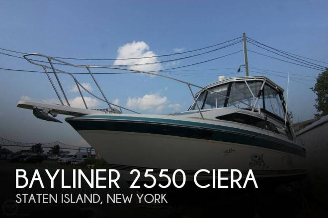 1986 Bayliner 2550 Ciera - For Sale at Staten Island, NY 10301 - ID 54504