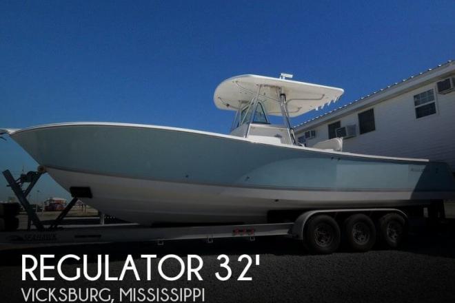 2005 Regulator 32 FS Center Console - For Sale at Vicksburg, MS 39183 - ID 44736