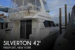 2004 Silverton 42 Convertible