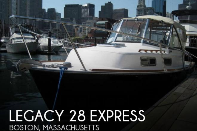 2000 Legacy 28 Express - For Sale at Newburyport, MA 1950 - ID 31814