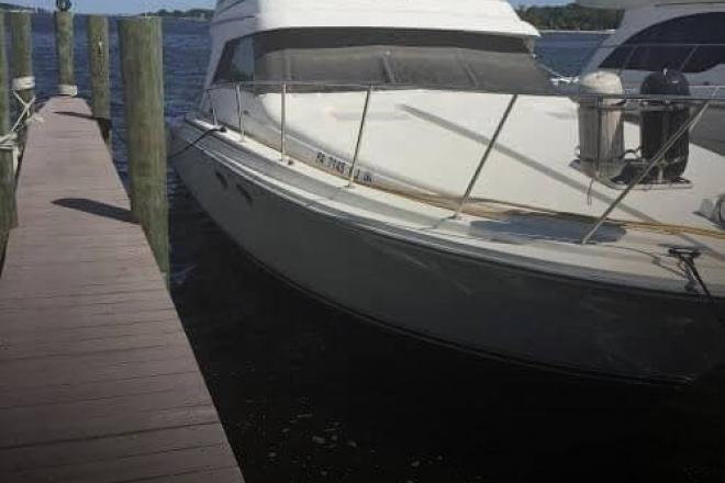 1990 Trojan 10.8 M International - For Sale at Toms River, NJ 8753 - ID 109615
