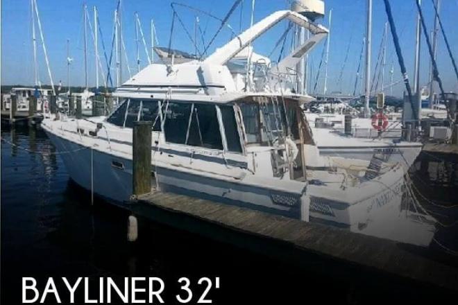 1986 Bayliner 3270 Motor Yacht - For Sale at Severna Park, MD 21146 - ID 110790