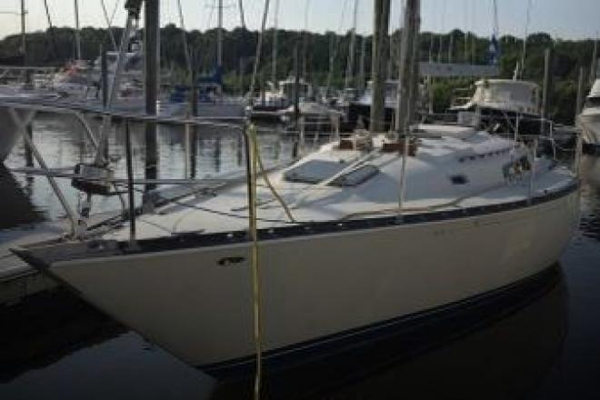 1978 C & C 38 - For Sale at Glen Cove, NY 11542 - ID 110126