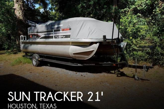 2015 Sun Tracker 20 DLX PARTY BARGE - For Sale at Houston, TX 77001 - ID 110893