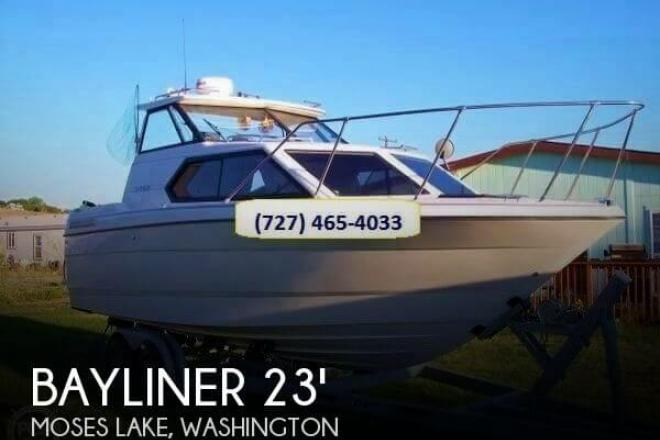 1993 Bayliner 2452 Hardtop - For Sale at Moses Lake, WA 98837 - ID 74124