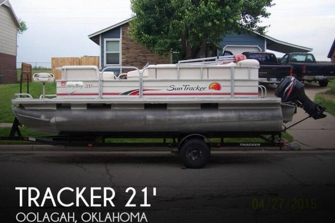 2010 Sun Tracker 200 Party Barge - For Sale at Oologah, OK 74053 - ID 73318