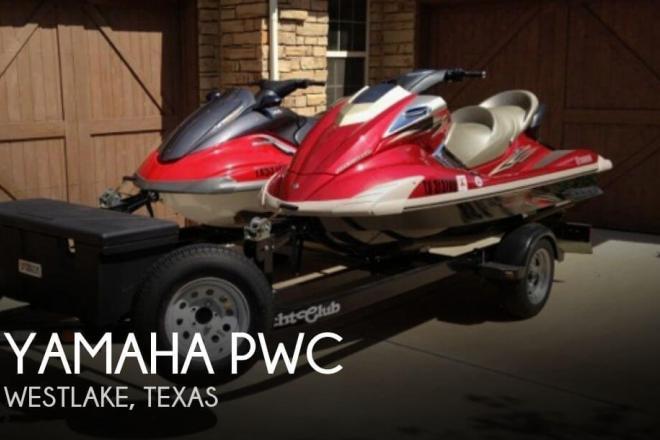 2008 Yamaha FX Cruiser (2) - 2008 & 2004 Jet Skis - For Sale at Westlake, TX 76262 - ID 55644
