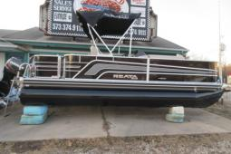 2017 Ranger Reata 200F (fish model) Pontoon $24,595 / Evinrude 90 hp & Ranger Rebate