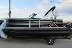 2017 Ranger Reata 200C (cruise model) Pontoon / Evinrude 90hp / $24,595 / Ranger Rebate