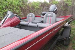 2015 Ranger RT188 All-Welded Bass Boat / 115 Evinrude Outboard