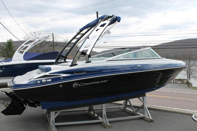 2017 Crownline 225 SS - For Sale at Oakland, MD 21550 - ID 120158