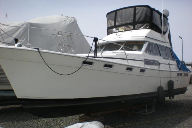 1989 Bayliner 3888 - For Sale at Everett, WA 98201 - ID 120159