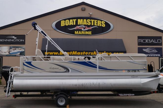 2015 Apex Qwest LS 820 Sport Cruise - For Sale at Akron, OH 44302 - ID 120620