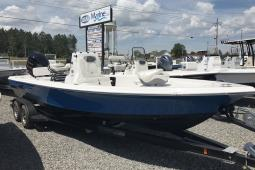 2017 Blue Wave 2400 Pure Bay