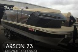 2014 Larson Escape 23 TTT