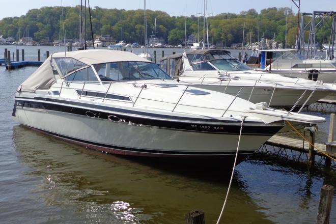 1989 Wellcraft 32 St. Tropez - For Sale at Holland, MI 49422 - ID 124290