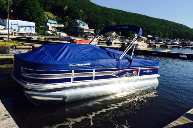 2015 Sun Tracker Fishing Barge DLX - For Sale at Hewitt, NJ 7421 - ID 124537