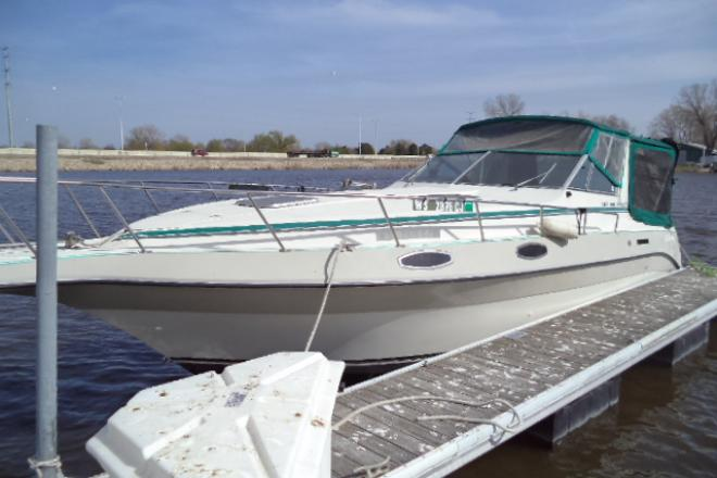 1989 Cruisers ROGUE 3060 - For Sale at Oshkosh, WI 54901 - ID 124335