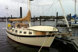 1983 Pacific Seacraft Orion27