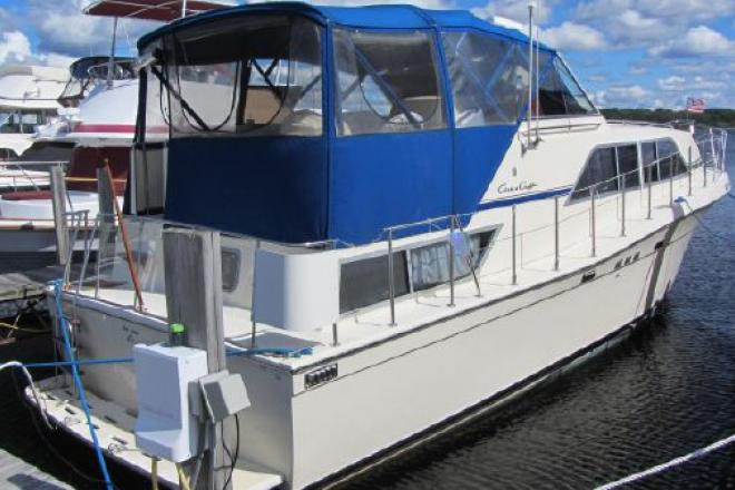 1987 Chris Craft 381 Catalina - For Sale at Manistee, MI 49660 - ID 126030