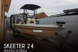 2005 Skeeter ZX24 Bay