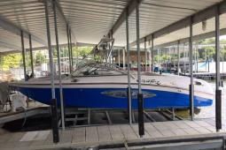 2005 Correct Craft 226 TE Air Nautique