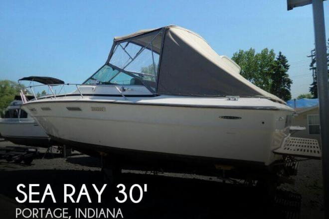 1977 Sea Ray 300 Weekender - For Sale at Portage, IN 46368 - ID 48644