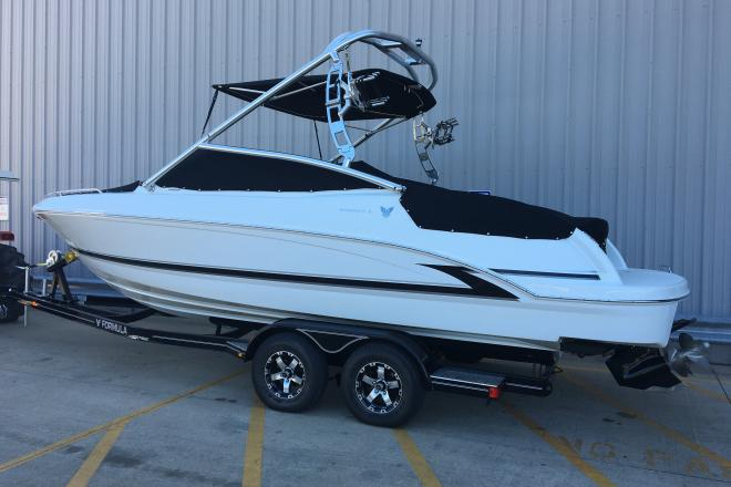 2014 Formula 240 Bow Rider - For Sale at Osage Beach, MO 65065 - ID 129297