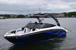 2016 Yamaha 242X E-Series