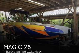 2005 Magic 28 Deck Boat