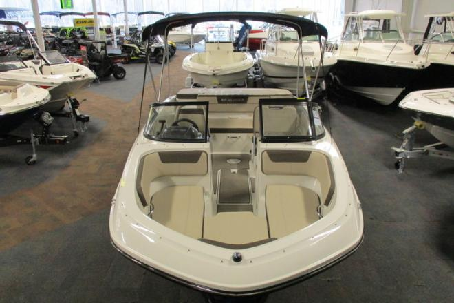 2018 Bayliner VR5 Bowrider - For Sale at Kalamazoo, MI 49019 - ID 130419