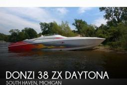 2005 Donzi 38 ZX Daytona