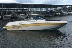 2003 Rinker 282 Captiva Open Bow