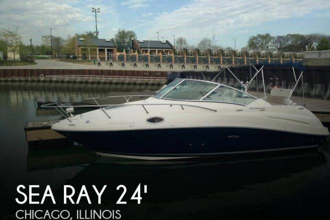 2010 Sea Ray 240 Sundancer - For Sale at Chicago, IL 60687 - ID 93633