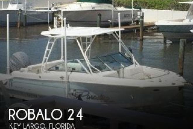 2015 Robalo 247R - For Sale at Key Largo, FL 33037 - ID 131909