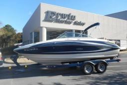 2011 Sea Ray 220SD w/Trailer