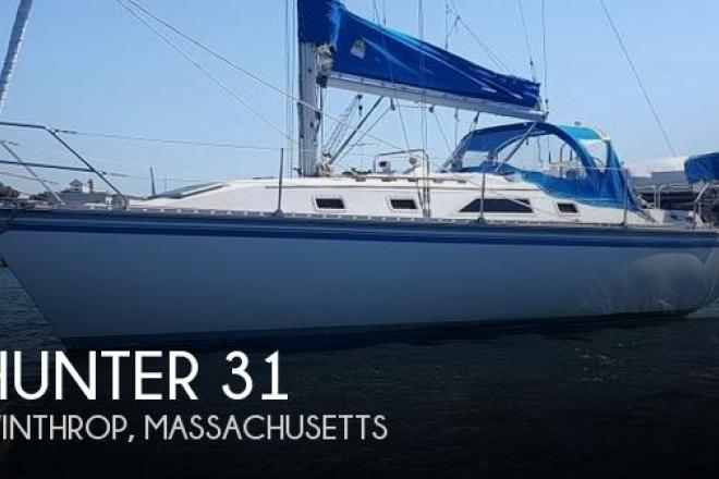 1984 Hunter 31 - For Sale at Chelsea, MA 2150 - ID 129141