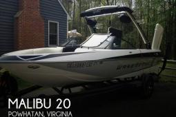 2014 Malibu Wakesetter 20 VTX