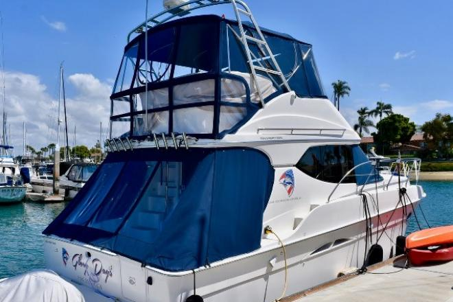 2004 Silverton 34 CONVERTIBLE - For Sale at Newport Beach, CA 92658 - ID 140803