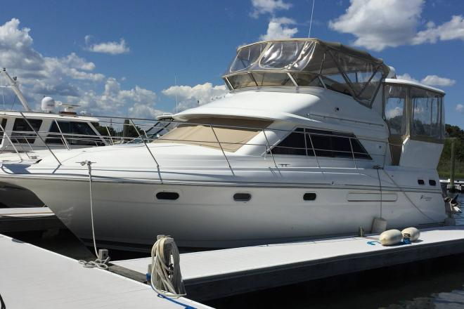 1998 Cruisers 3650 - For Sale at Warwick, RI 2886 - ID 143654
