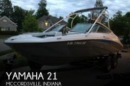 2015 Yamaha 21