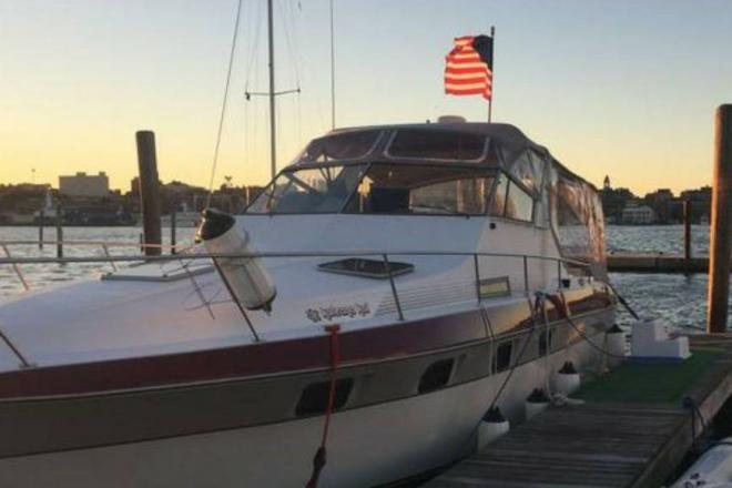 1988 Cruisers 3370 Esprit - For Sale at South Portland, ME 4106 - ID 144725