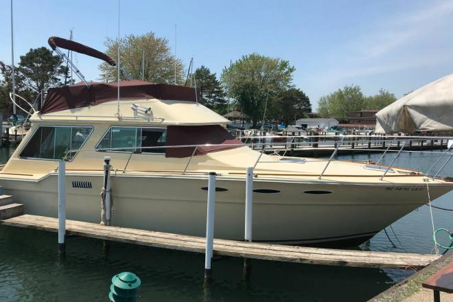 1982 Sea Ray 360 Sedan Bridge - For Sale at Saint Clair Shores, MI 48080 - ID 144945