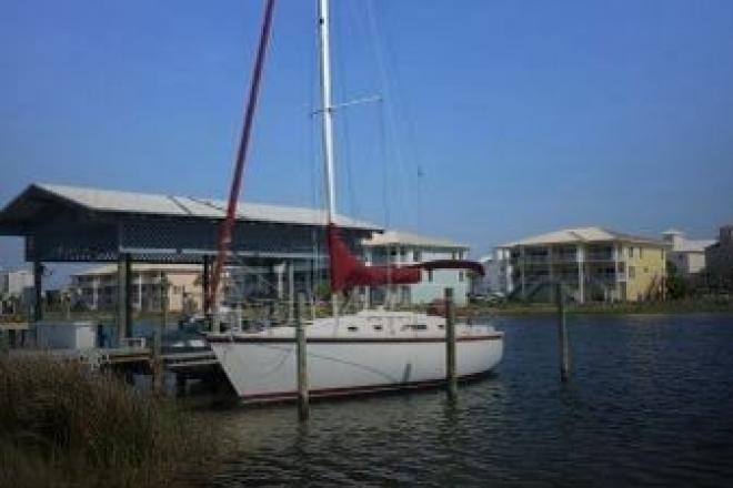1986 Hunter 31 - For Sale at Gulf Breeze, FL 32561 - ID 145825