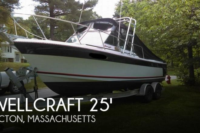 1985 Wellcraft 248 Offshore - For Sale at Shirley, MA 1464 - ID 145100