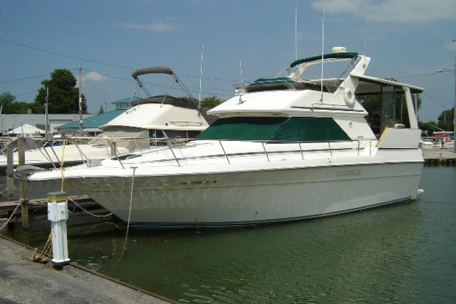 1989 Sea Ray 380AC - For Sale at Marblehead, OH 43440 - ID 147942